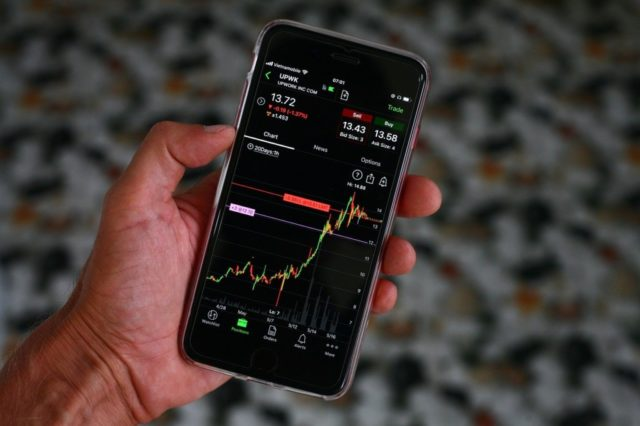 néobanque mobile trading