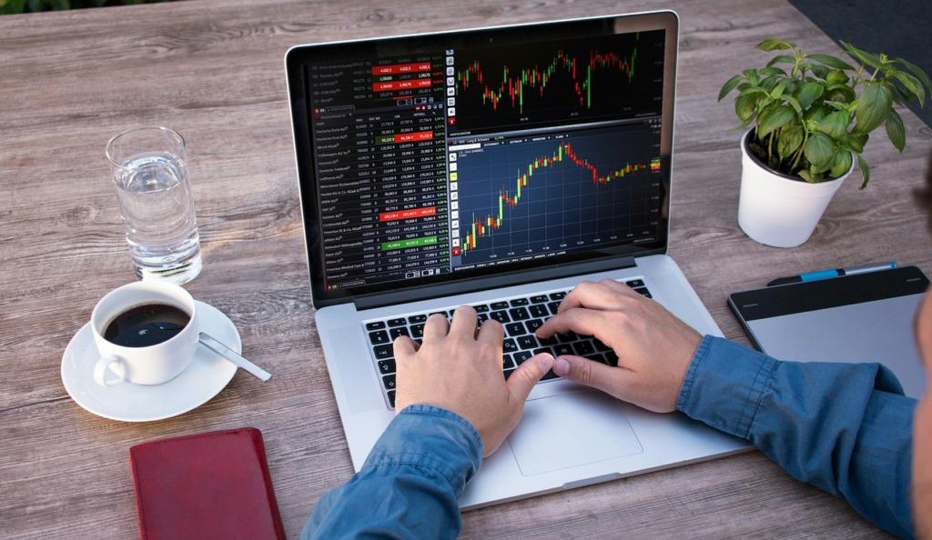 neobanque s'attaquent trading